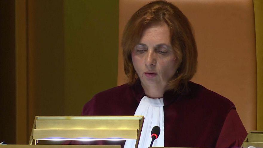 Corte di giustizia europea: la libertà di movimento non si tocca. Neanche per i gay