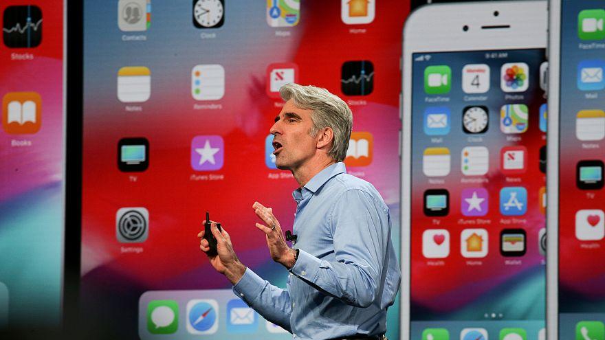 "Apple ""acelera"" iPhones e iPads antigos"