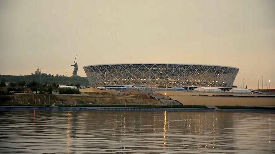 استاد فولغوغراد الجديد على ضفاف نهر الفولغا يستضيف أربع مبارايات في البطولة