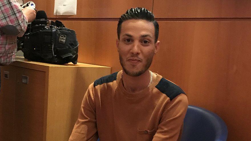"Le ""héros anonyme"" tunisien ne sera pas expulsé"