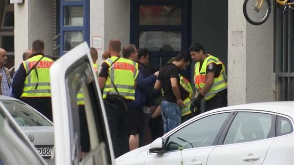 """الشرطة الألمانية تغلق مدرسة ابتدائية في برلين وتعزل المنطقة المحيطة بها بسبب ما تصفه بـ """"وضع خطير"""""""