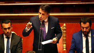 """Conte: """"Metteremo fine al business dei migranti"""""""