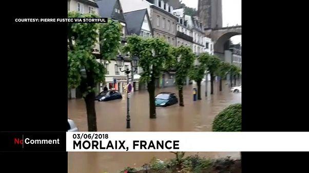 سیل و آب گرفتگی معابر در غرب فرانسه