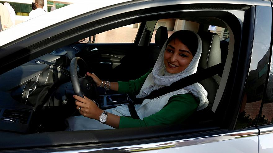 A saudi woman learns to drive at the university of Jeddah in March 2018.