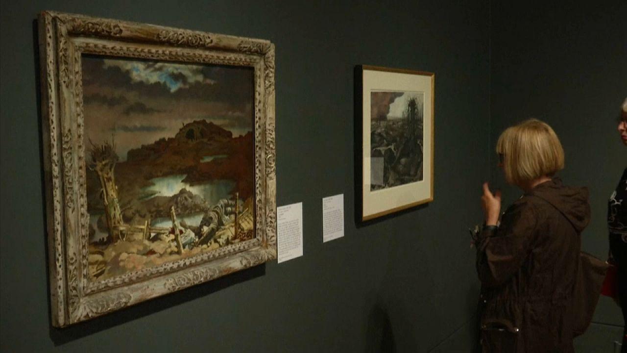 Die Künstler verarbeiten die Schrecken des Kriegs in ihren Werken.