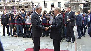 Putin, en Viena, dispuesto a reconstruir sus relaciones con la UE