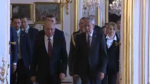 Vladimir Putin e Alexander Van Den Bellen