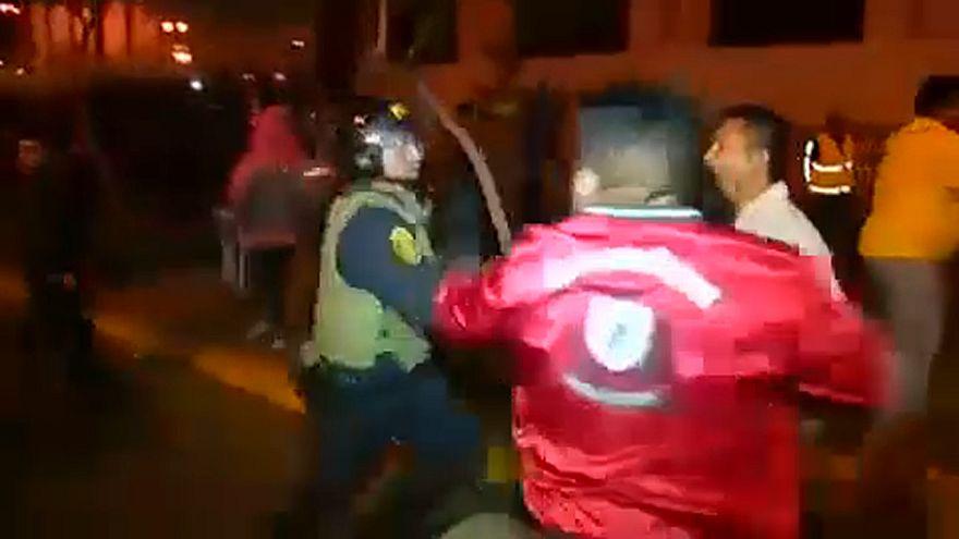 Peru: tüntetések, összecsapások, sztrájk