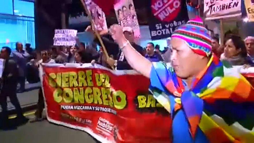 La guerra de los televisores en Perú