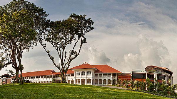 Szingapúri luxusszálló a helyszín