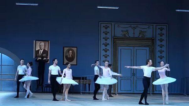 """Benois De La Dance: tarolt a """"Nurejev"""""""