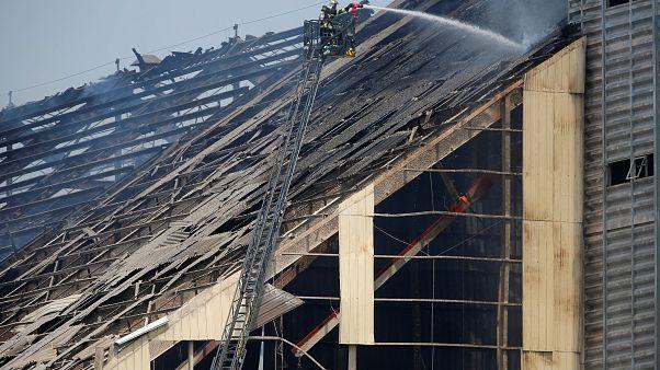 إصابة 11 شخصا في انفجار صومعة حبوب في شرق فرنسا