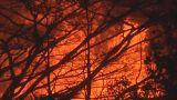 شاهد: بركان جزيرة هاواي الثائر يهدم أكثر من 200 بناء