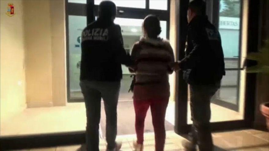 Cinque arresti a Ragusa: rumeni riducevano connazionali in schiavitù