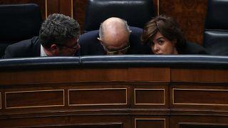 Tras las lágrimas por Rajoy, comienza la batalla por sucederle al frente del PP