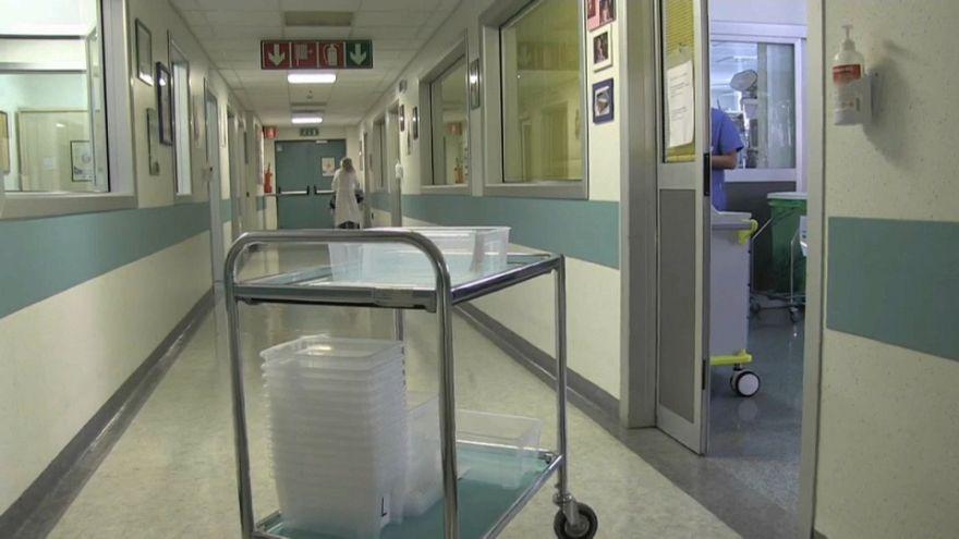 Censis: 7 milioni di italiani si sono indebitati per curarsi
