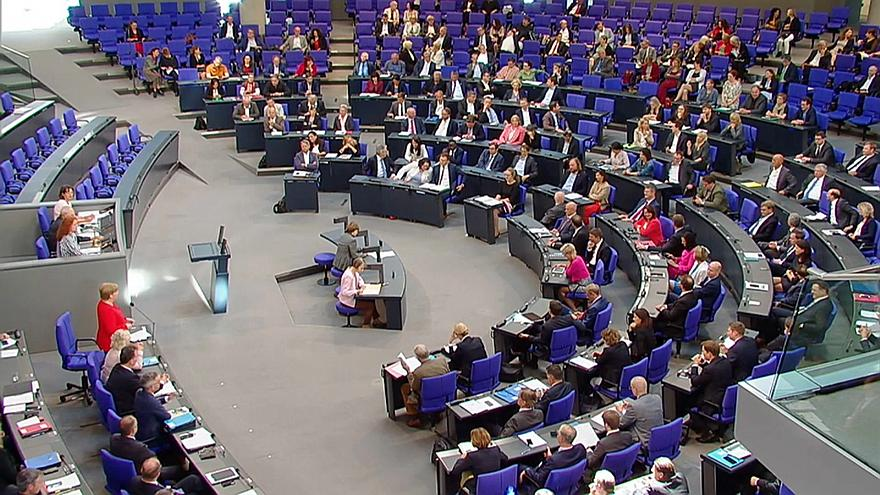 Merkels Fragestunde: mehr Europa und Japan statt Russland und USA
