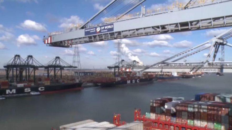 EU schlägt im Handelsstreit mit Washington zurück