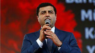 المرشح الرئاسي الموال للأكراد صلاح الدين دمرداش في صورة من أرشيف رويترز.