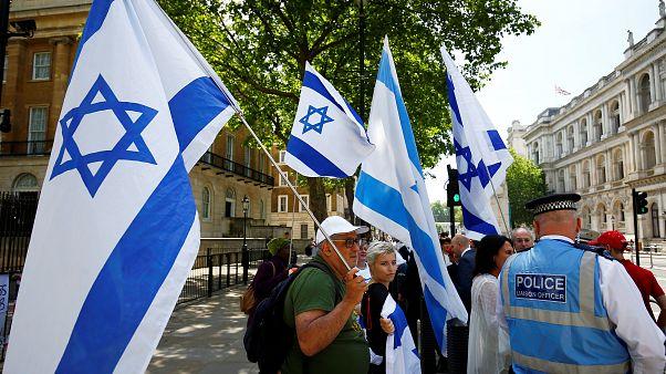 Israels Ministerpräsident Netanjahu wirbt in England für ein Ende des Atomdeals mit dem Iran
