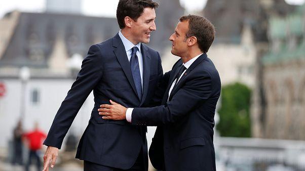Justin Trudeau content de jaser avec Emmanuel Macron avant le G7 ou G6 + 1