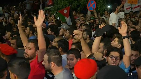 Giordania, proteste anche di notte contro l'austerity