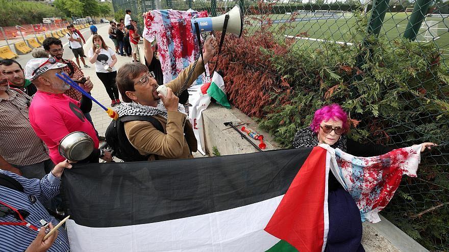 هيستيريا وتبادل للاتهامات في إسرائيل بعد اعتذار الأرجنتين عن مباراة القدس