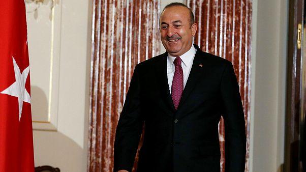 Η Τουρκία παγώνει τη συμφωνία επανεισδοχής μεταναστών με την Ελλάδα