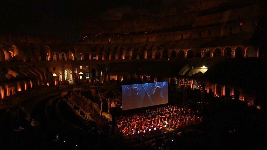 """""""Gladiador"""" ao vivo no Coliseu de Roma"""