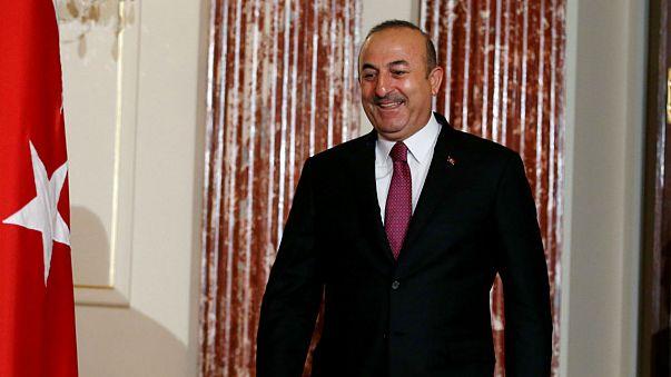 Türkiye Yunanistan'la geri kabul anlaşmasını durdurdu