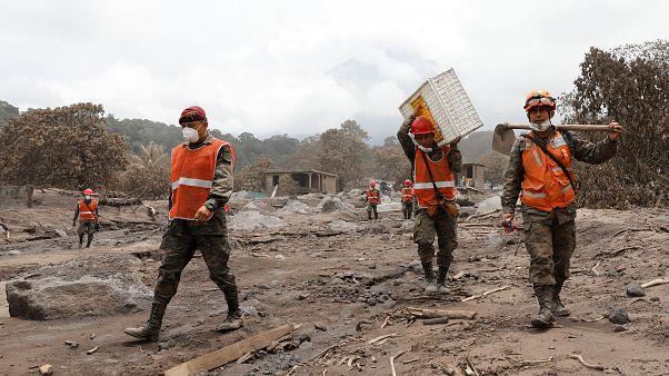 Guatemala : les recherches interrompues