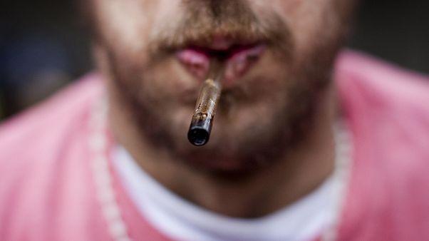 Photo prétexte addictions des jeunes Français.