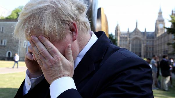 Boris Johnson diz que Brexit vai provocar um 'colapso'
