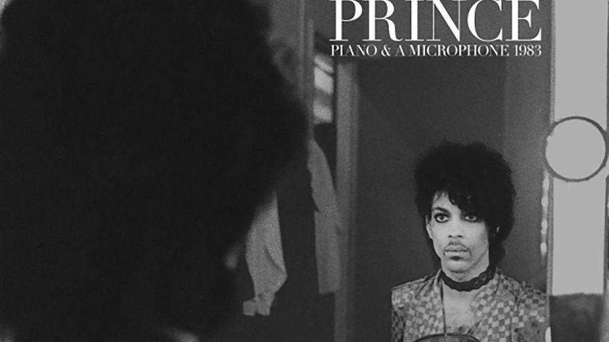 Prince seul au piano pour un nouvel album