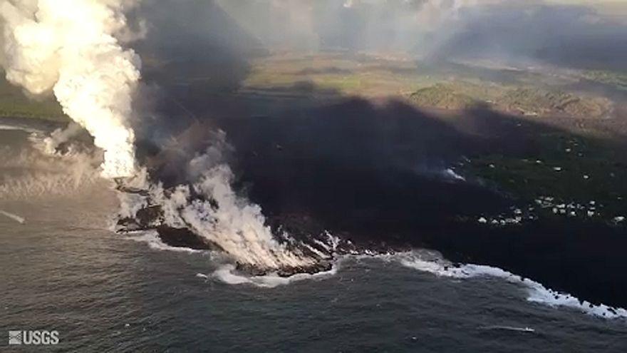 Hawaii: a vulkánkitörés megváltoztatta a partvonalat