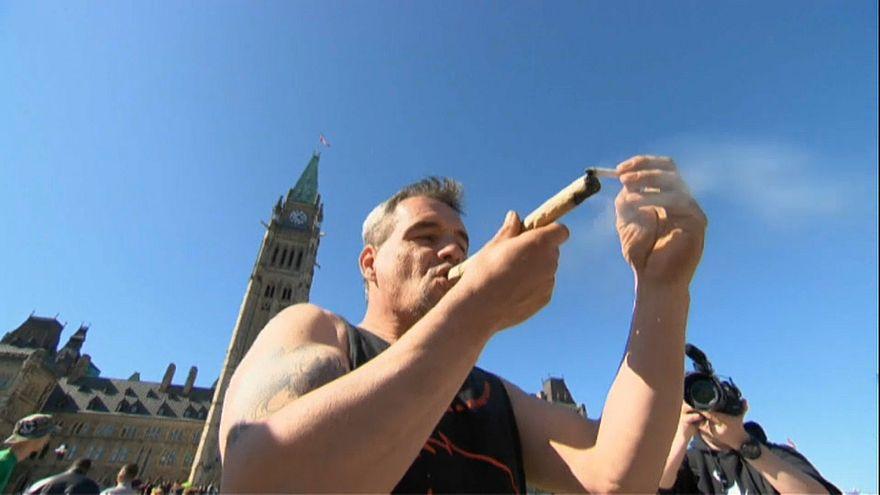 В Канаде легализуют марихуану