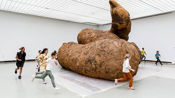 These giant poo sculptures prove 'contemporary art is not s***'
