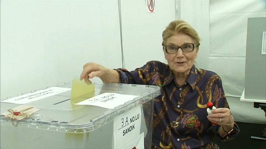 Expats vote early in Turkey's election