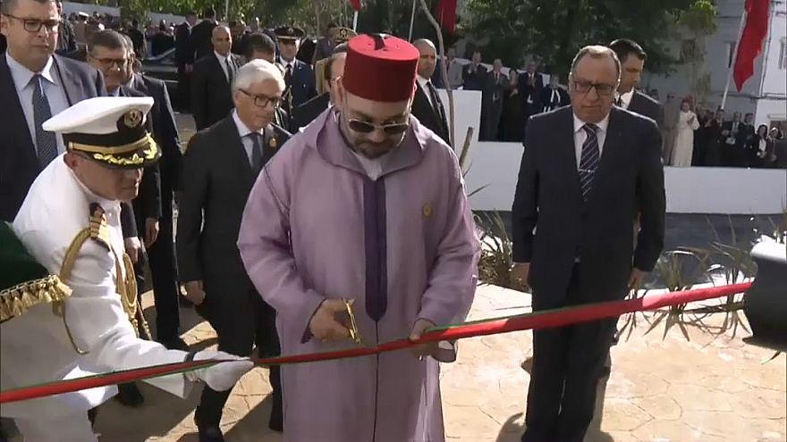 العاهل المغربي يدشن مركزا لطب الإدمان بطنجة