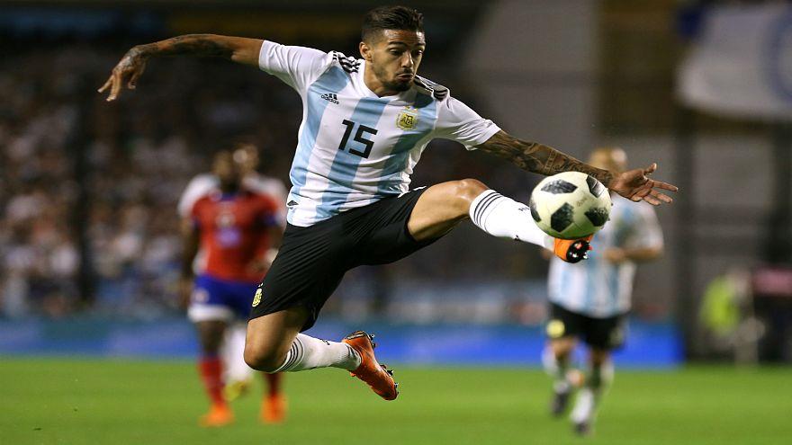 الإصابة تغيب لاعب الأرجنتين لانتسيني عن كأس العالم