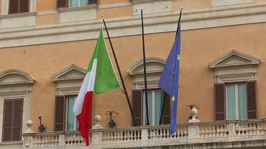 """Juncker: """"Il posto dell'Italia è nel cuore dell'Ue"""""""