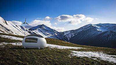 Back to nature in an ecocapsule