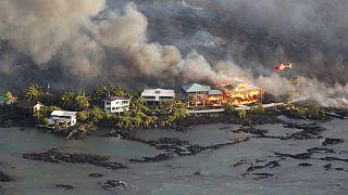 Hawaii'de lavlar nedeniyle 600'den fazla ev kül oldu