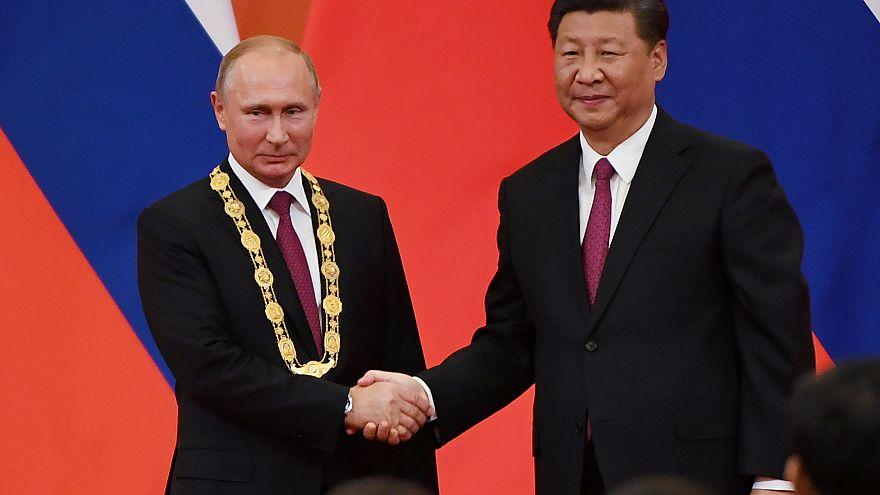"""Путин """"самый уважаемый"""" в Китае"""
