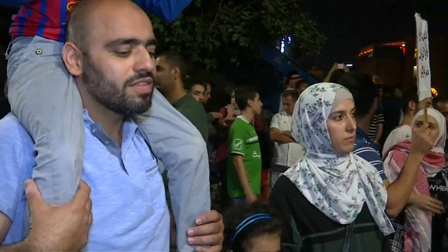 تعرف على قصة أسرة أردنية في مظاهرات عمان