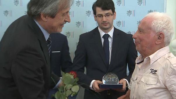 Премия для участников протеста против ввода войск в Чехословакию