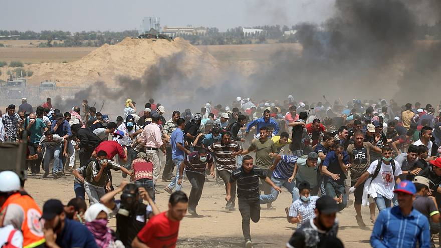Israeli troops kill 3 Palestinians, injure 600 along Gaza border: medics