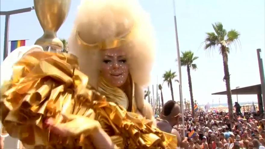 Tel Aviv celebrates 20th Gay Pride