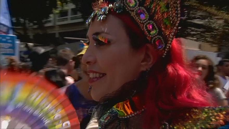 250.000 Menschen feiern Gay-Pride-Parade in Tel Aviv