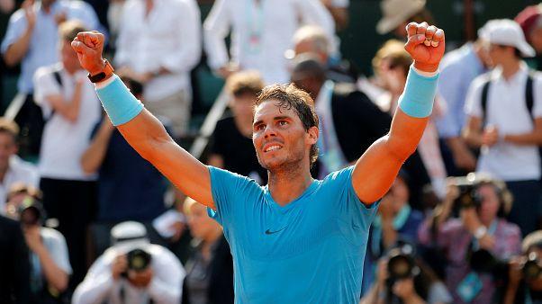Rafa Nadal books French final showdown with Dominic Thiem